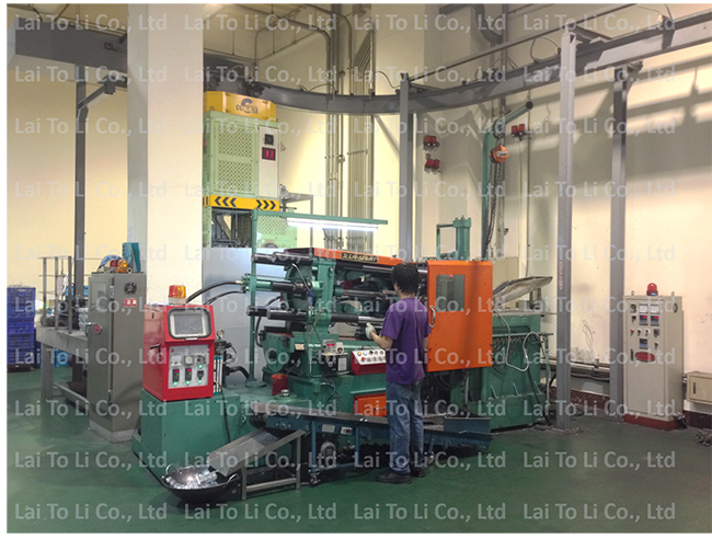 3-自動配湯機與壓鑄機Automatic solution refilling machine and Die Casting Machine